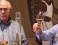 Josep i Antoni Mata reben el premi Josep Mercader en la categoria 'Oficis del vi'
